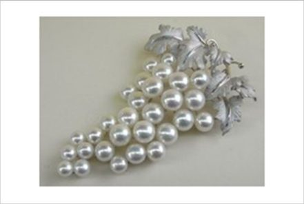 925 Sterling Silver Brooches with highest quality pearls     FAI WONG JEWELLERY CO., LTD.